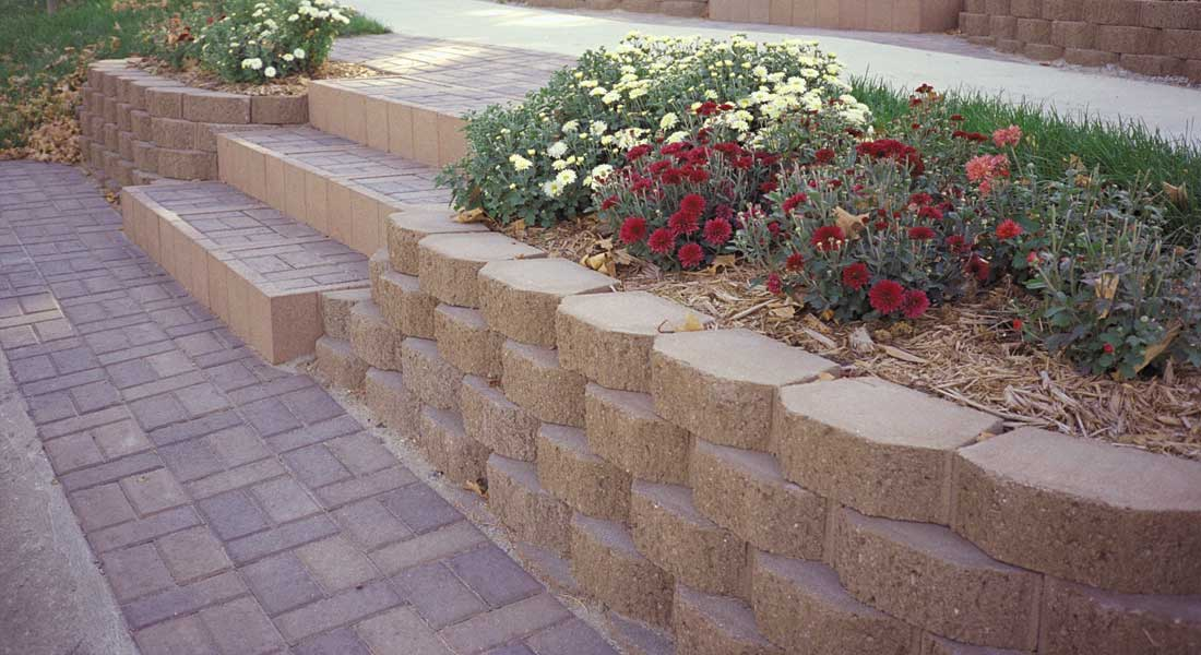 concrete block retaining wall Las Vegas